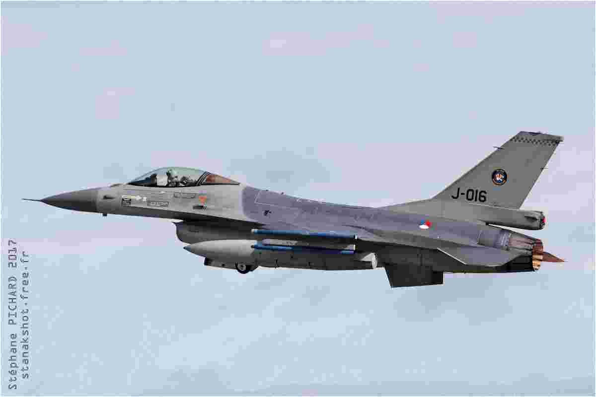 tofcomp#5405 F-16 des Forces aériennes royales néerlandaises au décollage à Landivisiau (FRA) lors du NTM 2017