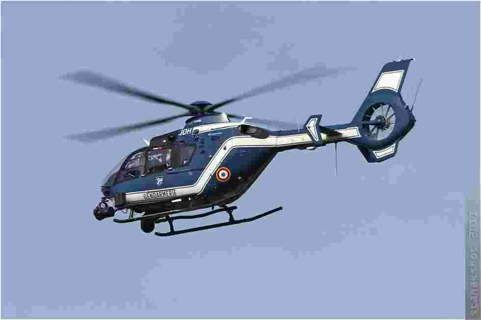 tofcomp#5626 EC135 de la Gendarmerie française à l'atterrissage à Deauville (FRA) lors du G8 2011