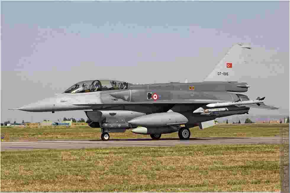 tofcomp#5798 F-16 de la Force aérienne turque au roulage à Çiğli (TUR) en 2011