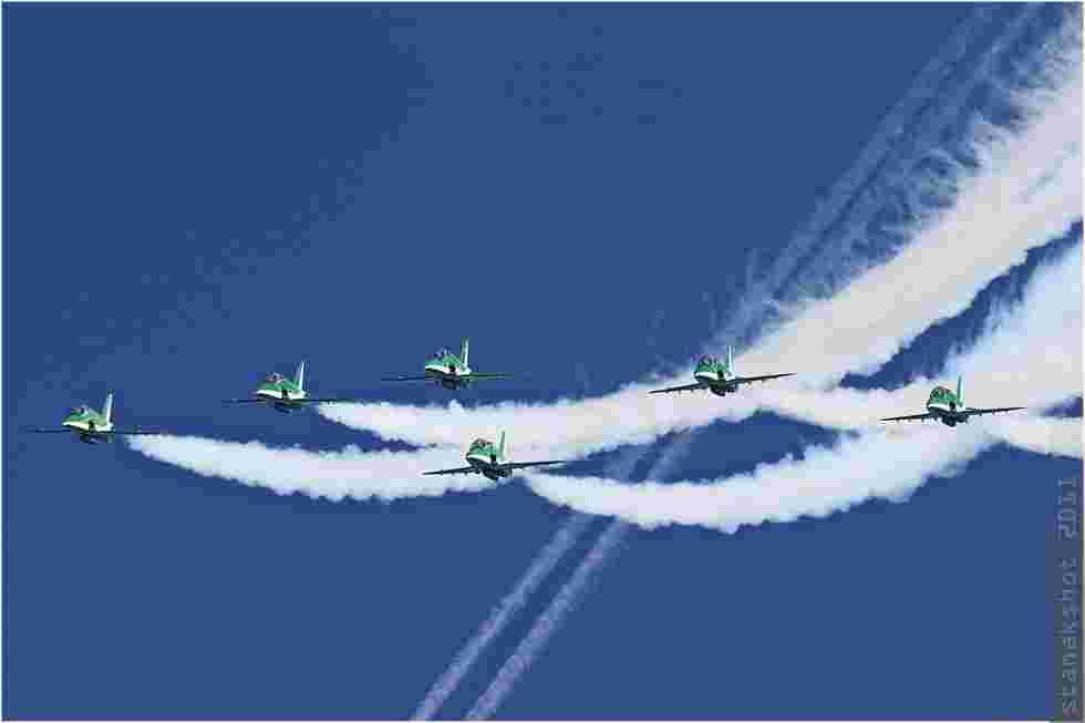tofcomp#5873 Hawk de la Force aérienne royale saoudienne en patrouille à Coxyde (BEL) en 2011