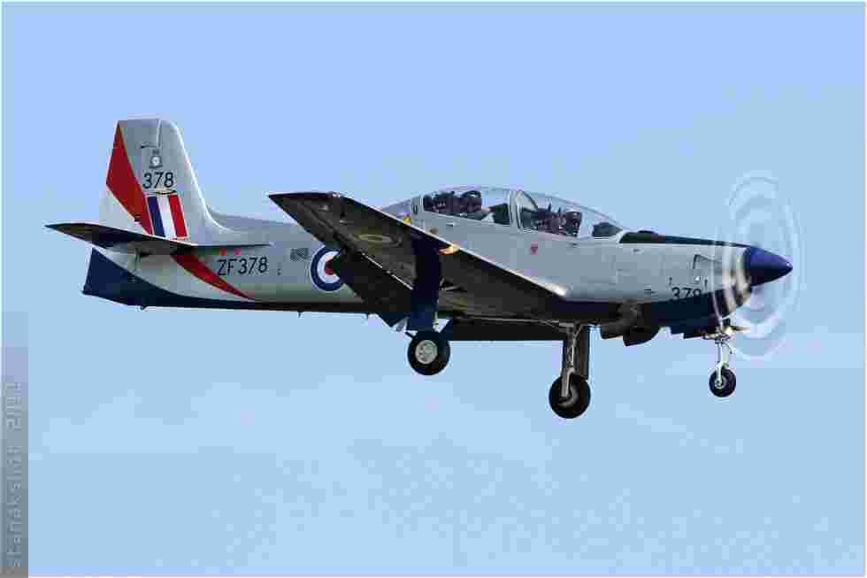 tofcomp#5925 Tucano de la Force aérienne royale britannique à l'atterrissage à Coxyde (BEL) en 2011