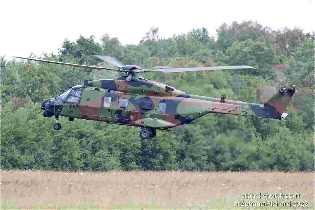 tofcomp#5983 Tucano de la Force aérienne royale britannique à l'atterrissage à Luqa (MLT) en 2011