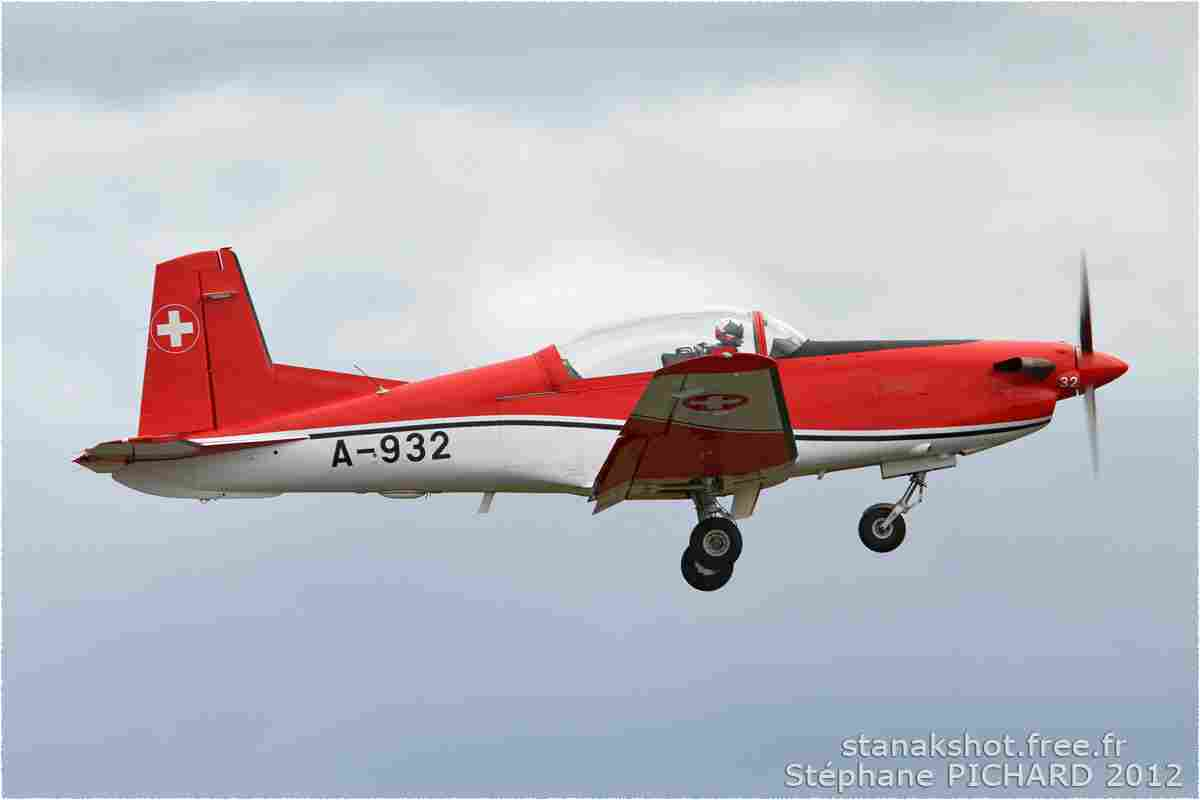 tofcomp#6034-PC-7-Suisse-air-force