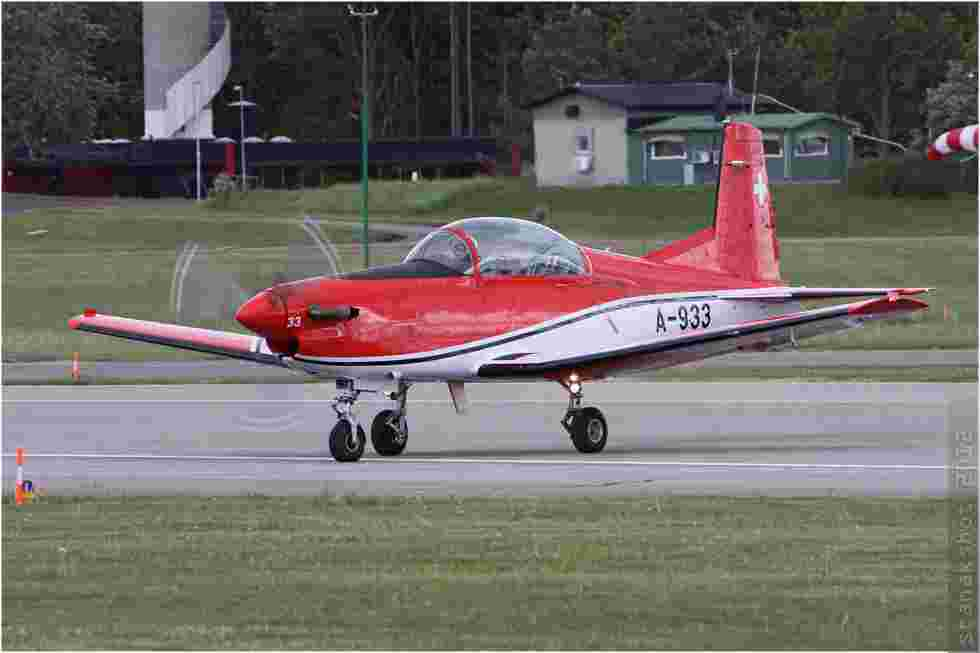 tofcomp#6035-PC-7-Suisse-air-force