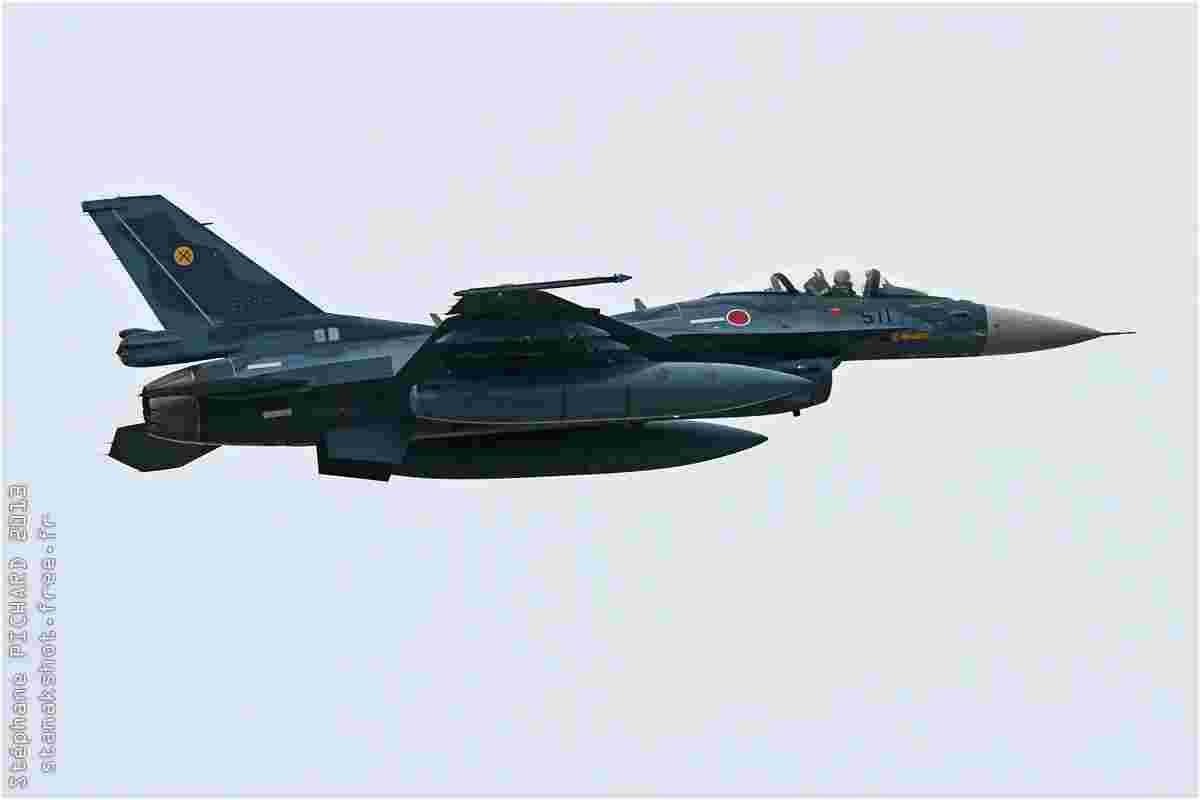 tofcomp#6935 F-2 de la Force aérienne d'autodéfense japonaise au décollage à Tsuiki (JPN) en 2013