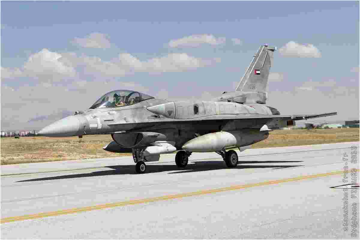 tofcomp#7104-F-16-Emirats-Arabes-Unis-air-force