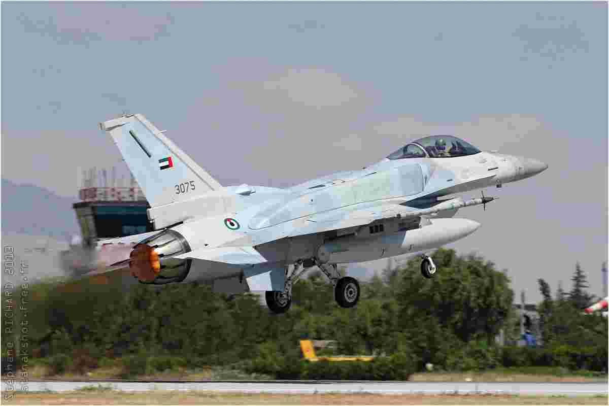 tofcomp#7111-F-16-Emirats-Arabes-Unis-air-force