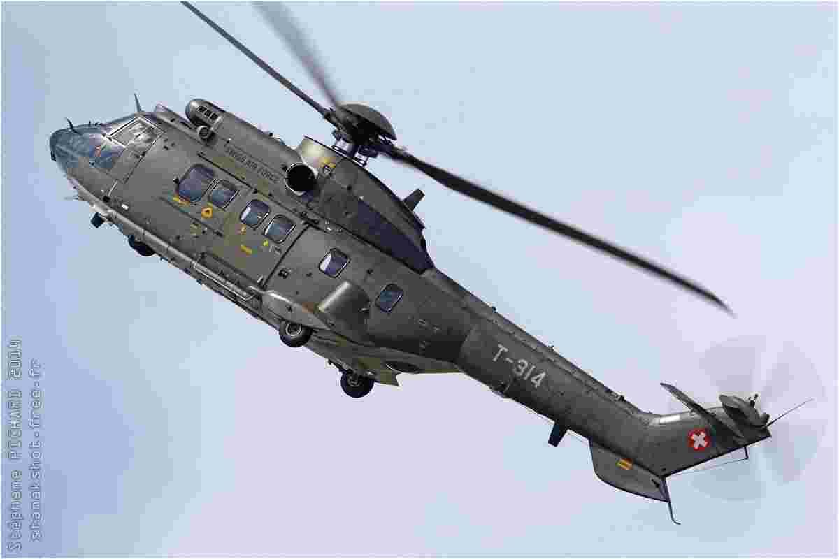tofcomp#7909 Super Puma des Forces aériennes suisses en démonstration à Fairford (GBR) lors du RIAT 2014