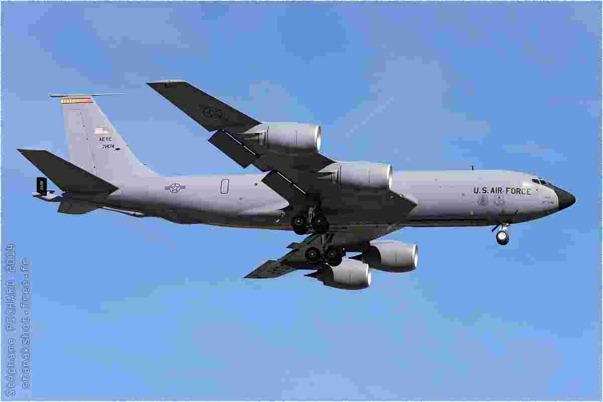tofcomp#8139-C-135-USA-air-force