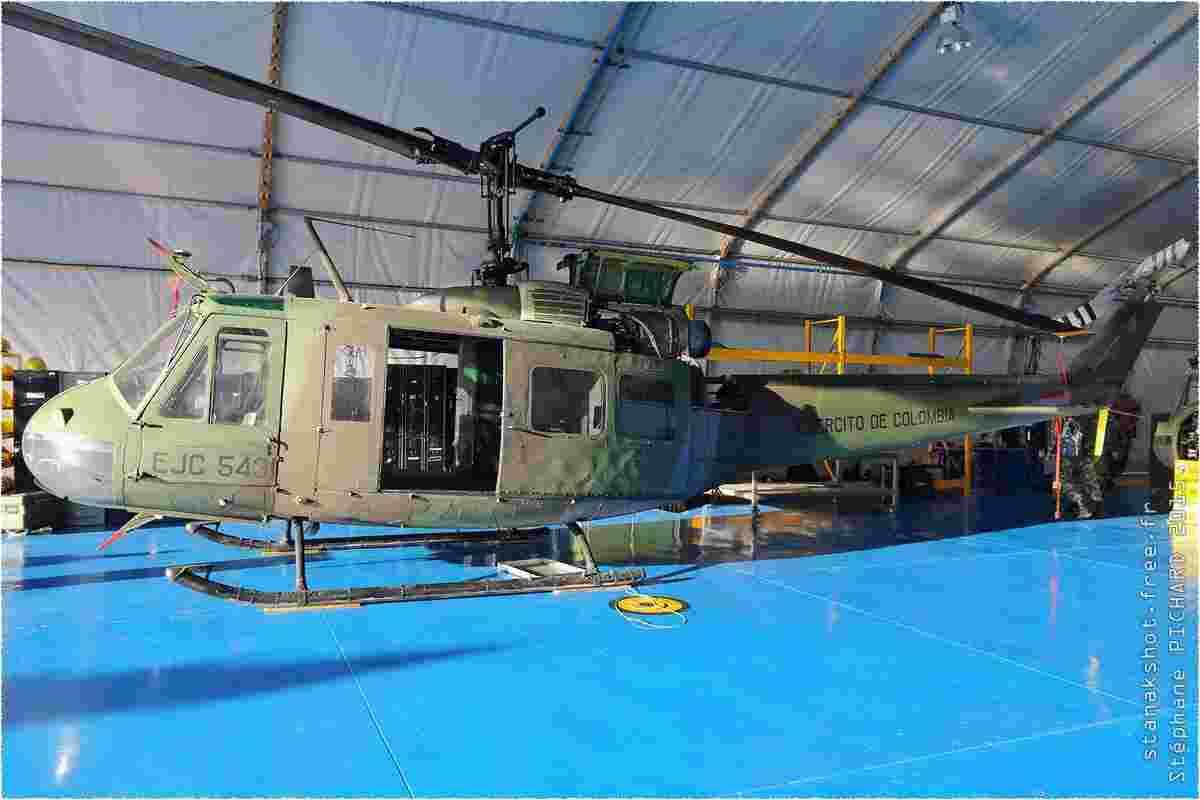 tofcomp#8626-Bell-205-Colombie-army