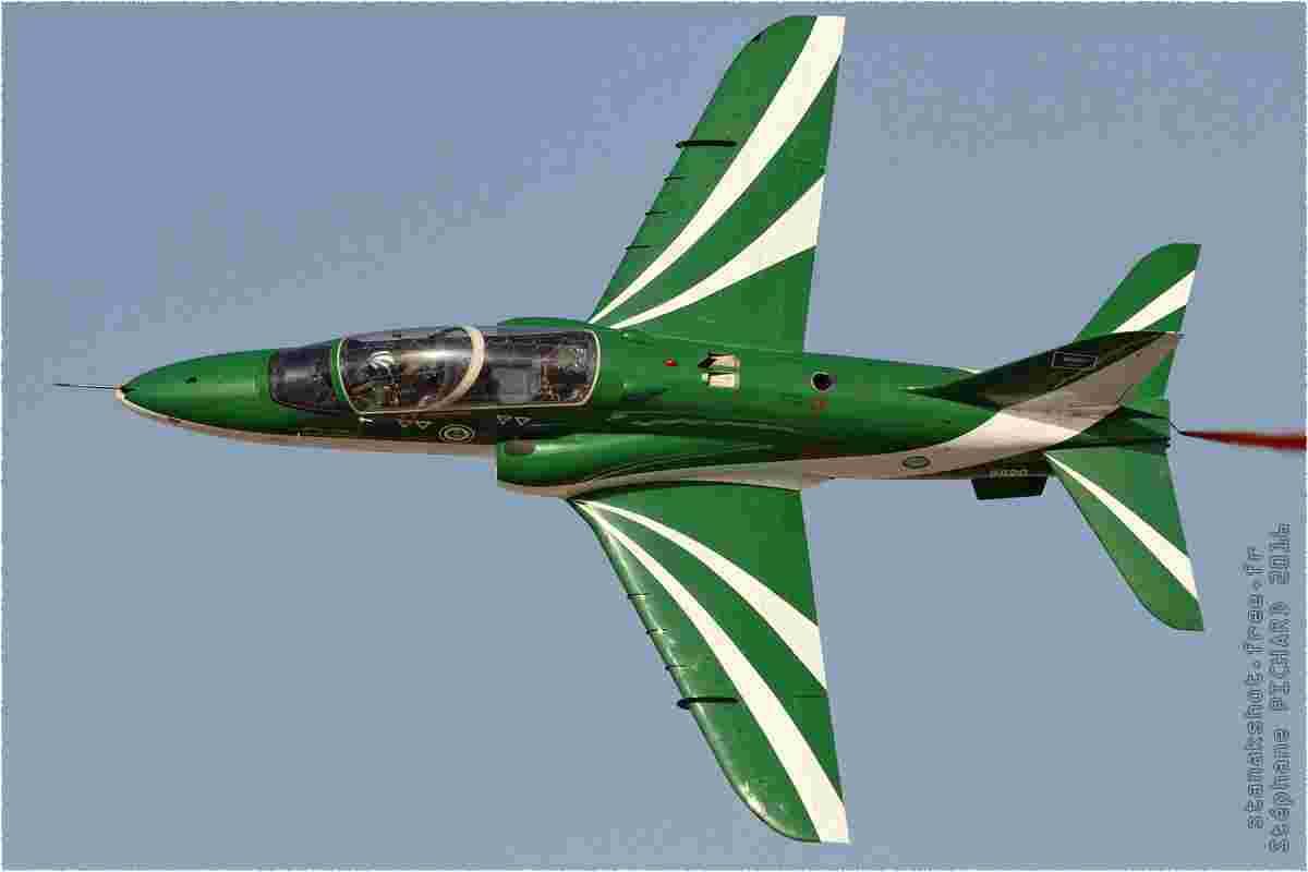 tofcomp#9017 Hawk de la Force aérienne royale saoudienne en démonstration à Sakhir (BHR) BIAS 2016