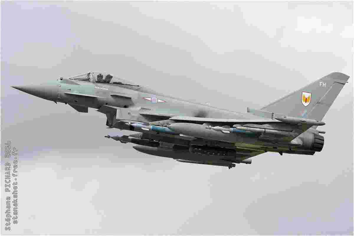tofcomp#9523 Typhoon de la Force aérienne royale britannique au décollage à Fairford (GBR) lors du RIAT 2016