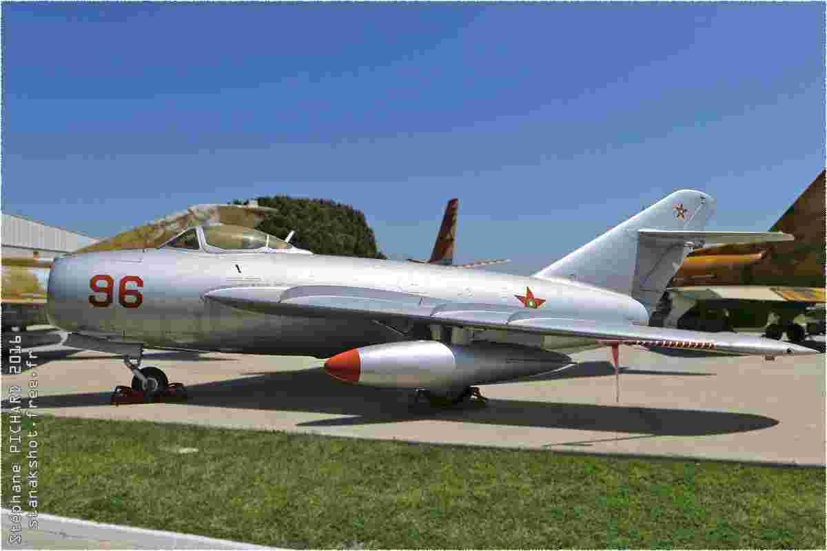 tofcomp#9717-MiG-17-Espagne