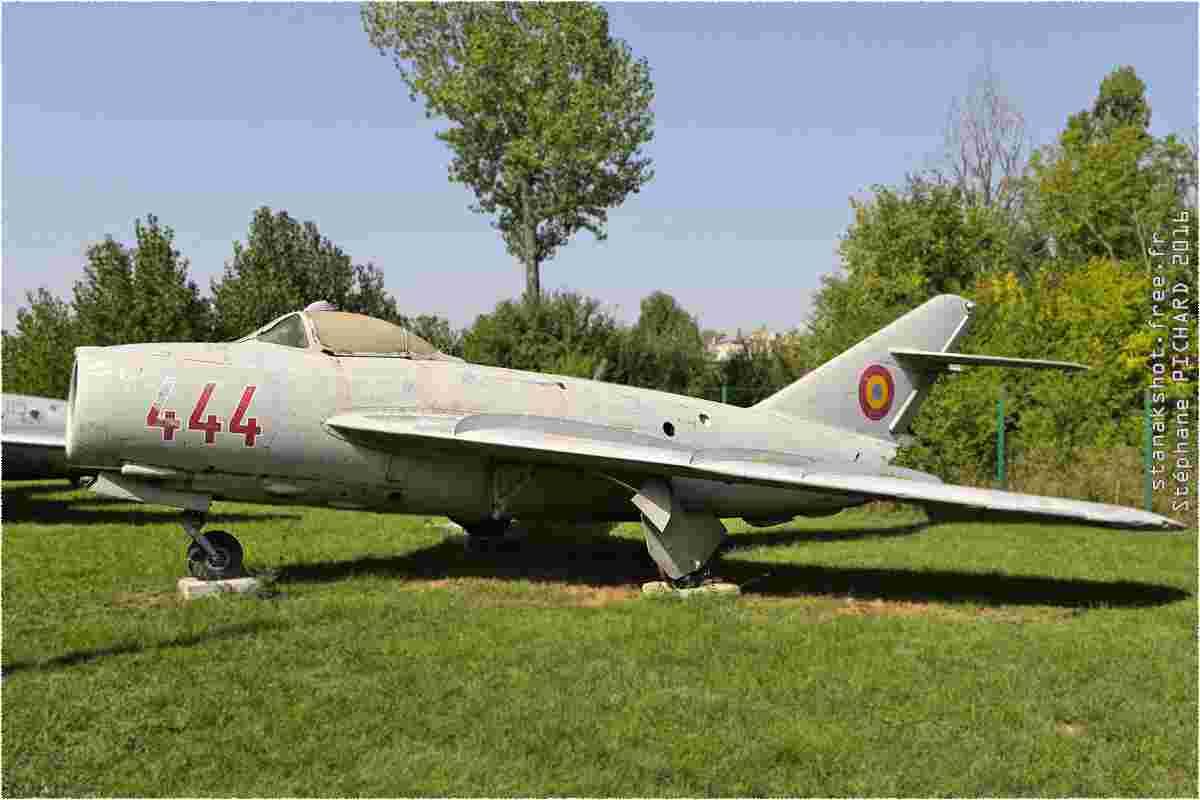 tofcomp#9734-MiG-17-Roumanie-air-force