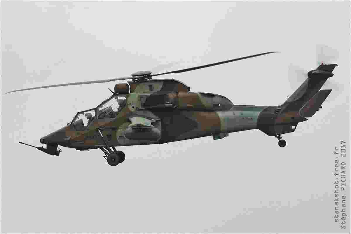 tofcomp#9980 Tigre de l'Aviation légère de l'Armée de terre française en vol solo à Landivisiau (FRA) lors du NTM 2017