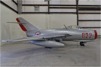 tn#10647 MiG-15 822 red USA