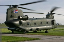 tn#2240-Chinook-ZA712-Royaume-Uni-air-force