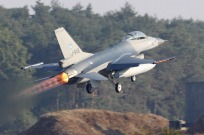tn#4542-F-16-J-646-Pays-Bas-air-force