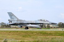 tn#4865-Chance Vought F4U-7 Corsair-133704