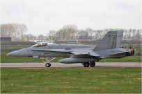 #8495 F-18 HN-450 Finlande - air force
